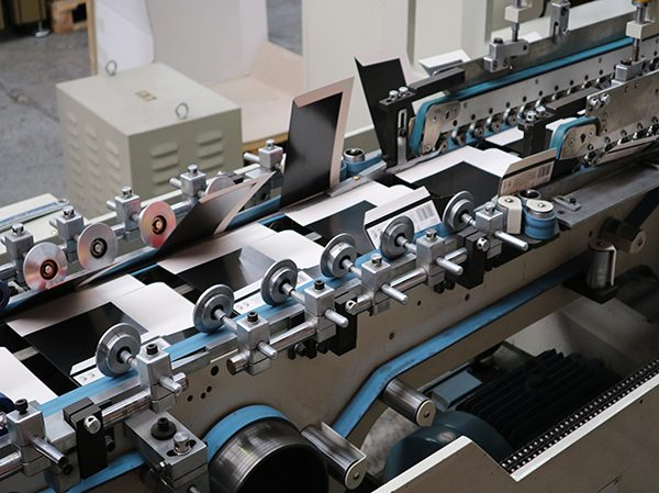 TA650 Fully Automatic High Speed Gluer